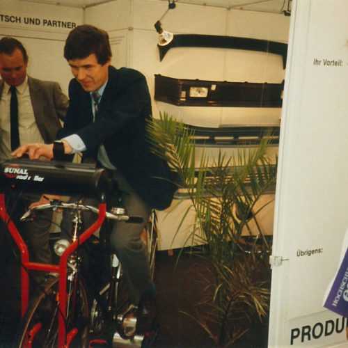 Founder of Outokummun Metalli, Pekka Nevalainen, on a trade fair visit to Germany.